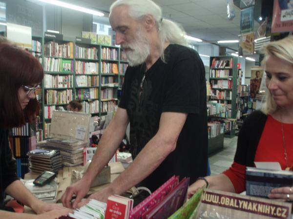 Odborná exkurze do knihkupectví Kosmas na Letné